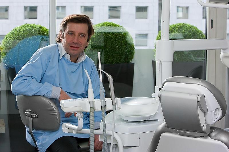 Dr Sultan, dentiste stomatologue